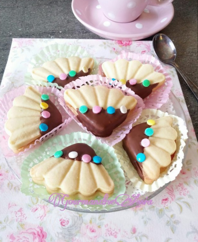 Gâteaux Algériens pour l'Aid {Sablés Mkhabez et Makhrout}