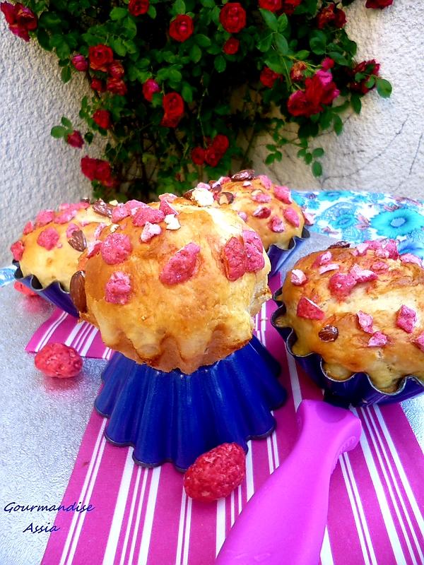 Briochettes Moelleuses au Yaourt et Pralines Roses au Thermomix