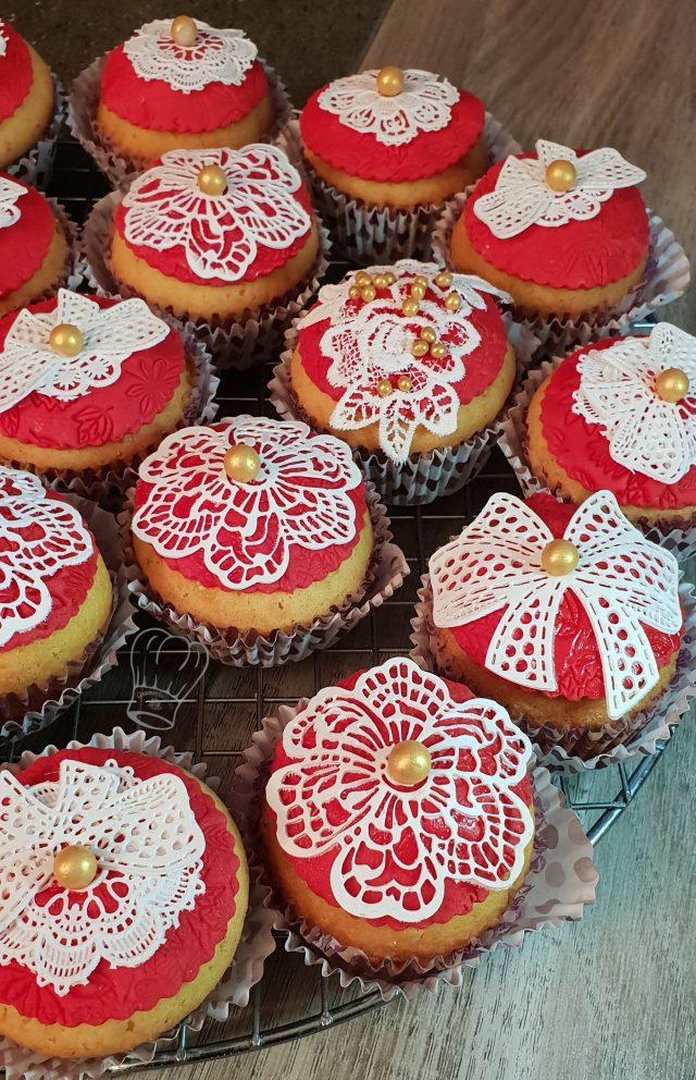 Cupcakes en Dentelle au Coeur Caramel
