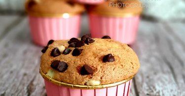 Muffins Super Moelleux aux Noix et Chocolat