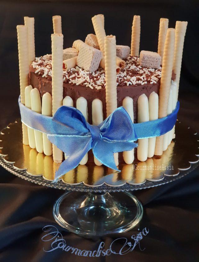Gâteau d'Anniversaire ( Génoise Inratable )