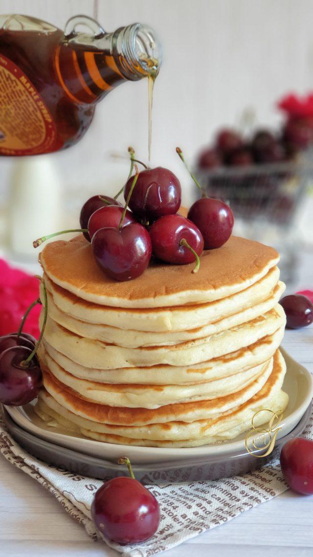 Pancakes Moelleux au Lait Fermenté et Sirop d'Erable