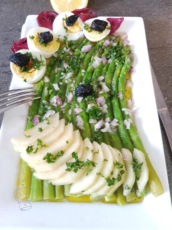 Salade d'Asperges à la Poire